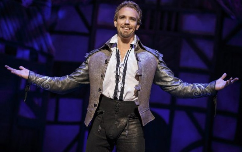 'Something Rotten!' Fun Spoof Skewers Broadway and Bard